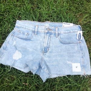 light wash boyfriend jean shorts